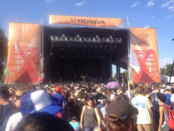 Honda stage with grimes